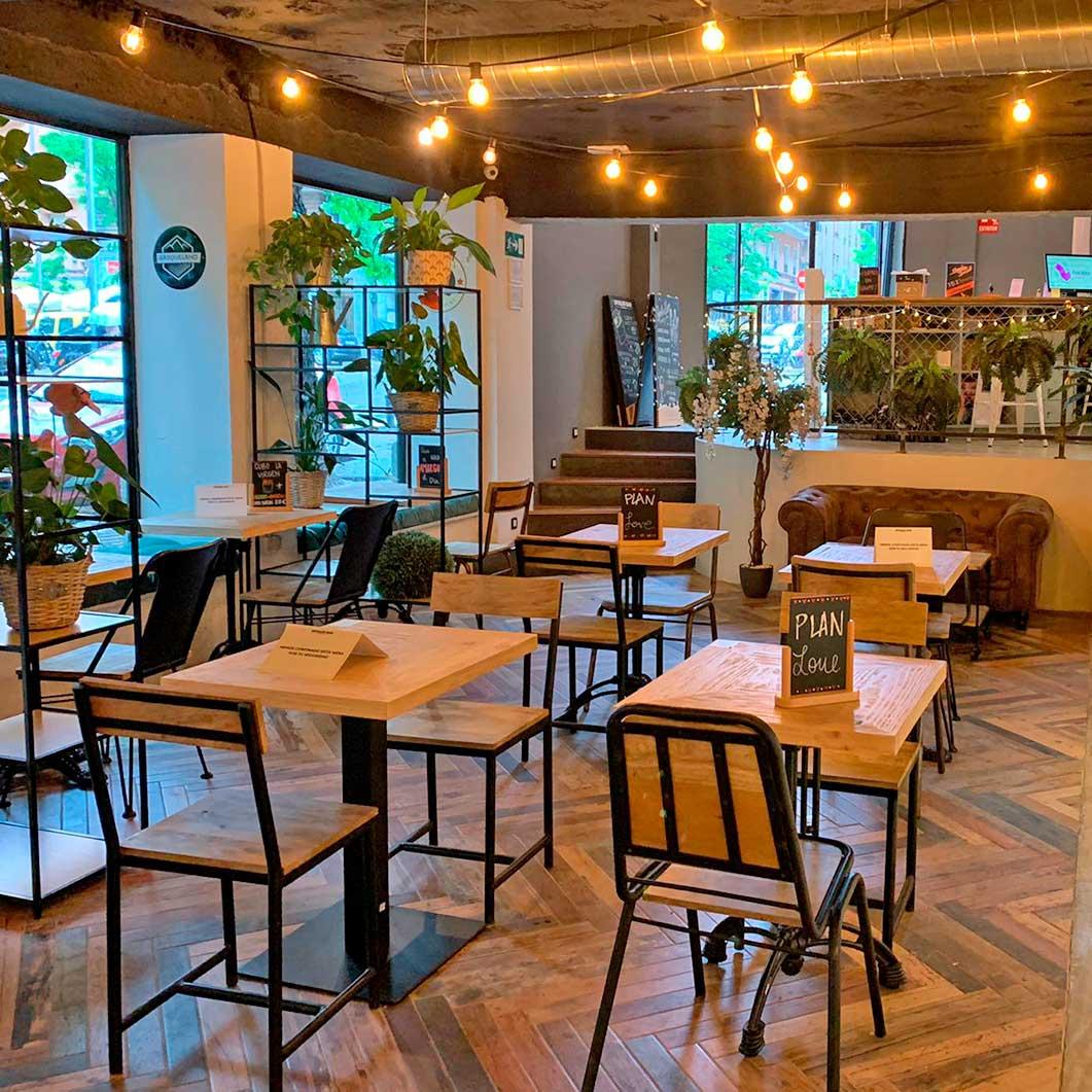 interior spoiler bar Madrid